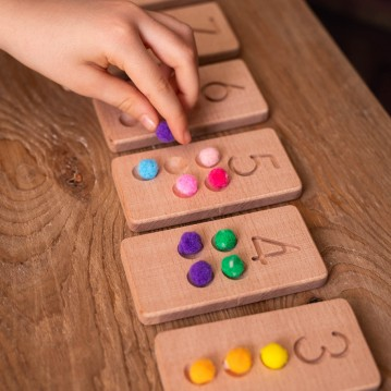 Wooden Pompon Number Tables (Montessori - 100% Natural) - Educational Toy